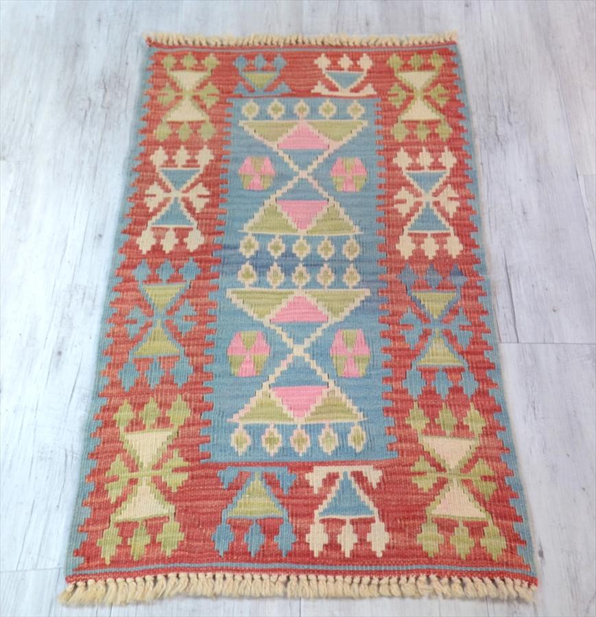 色にこだわる~ワンランク上のカイセリ産手織りキリム101×59cmレッド&ブルー&グリーン/花嫁の髪飾りモチーフ