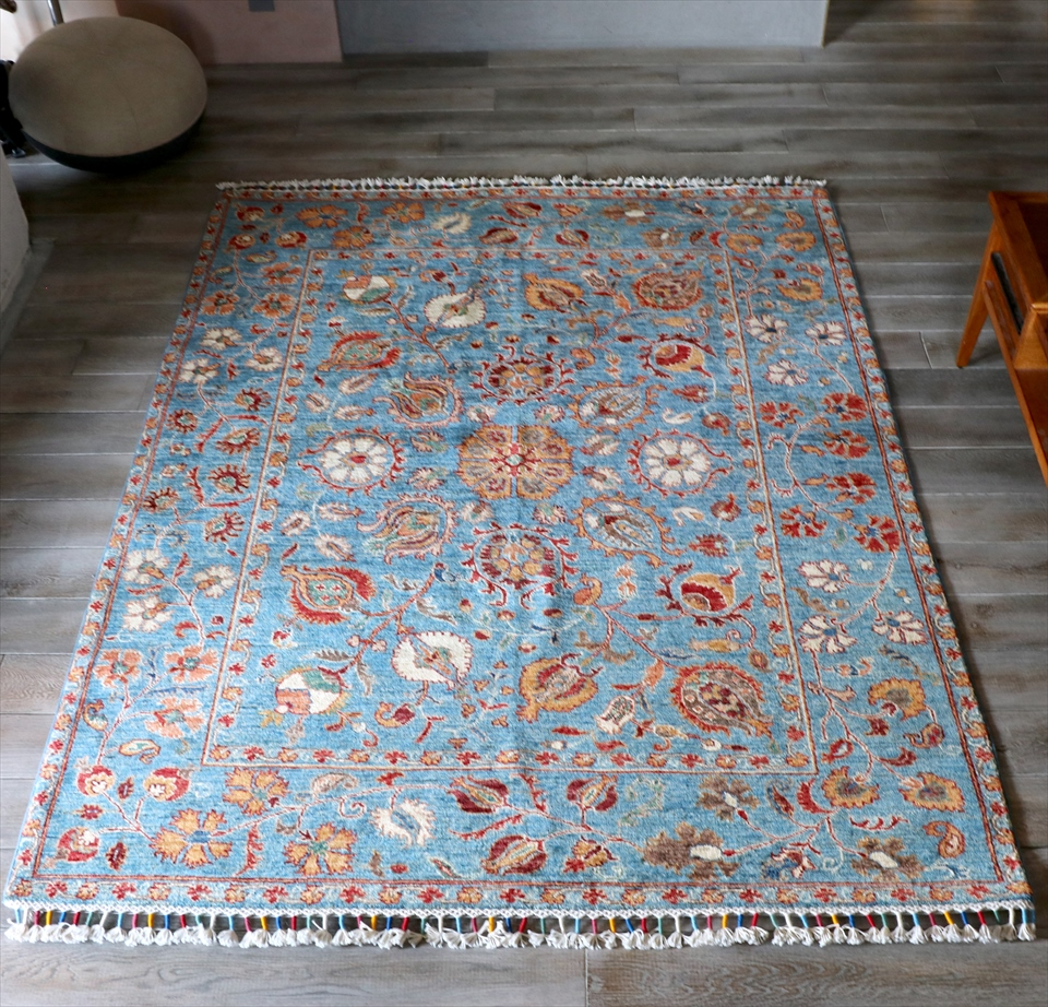 トルコの手織り絨毯・コンヤ193×153cmスザンニアンティークデザイン・トルコブルー