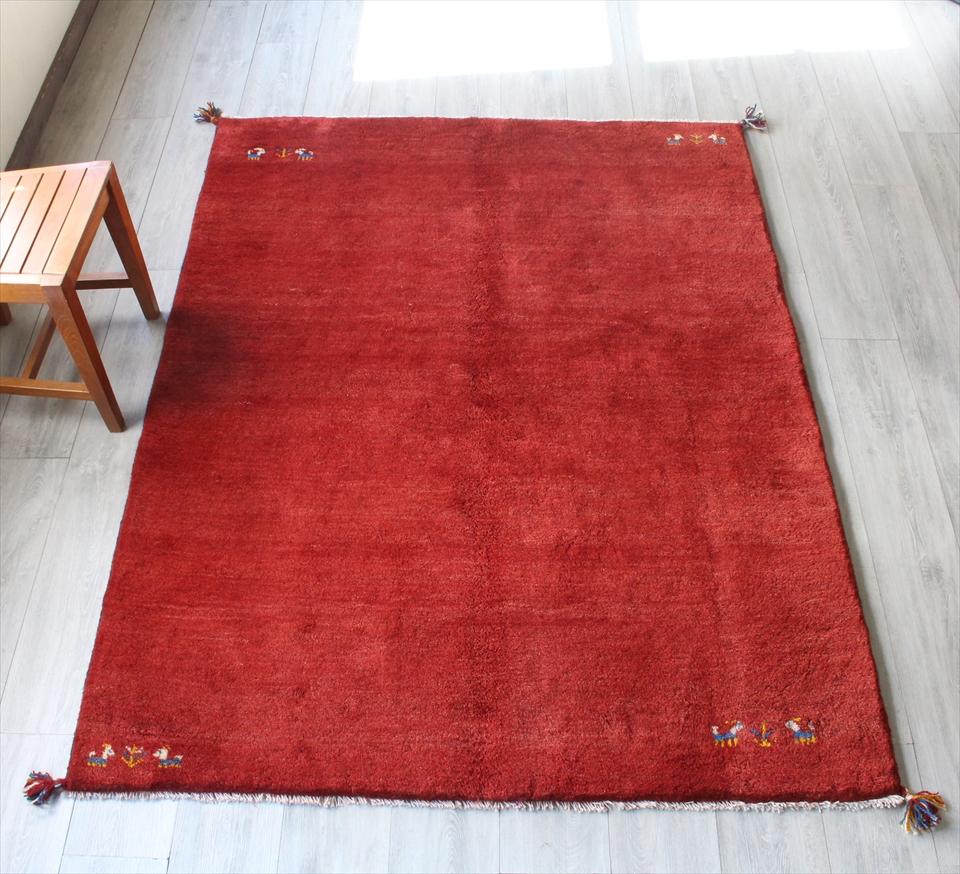 ギャッベ(ギャベ)カシュカイ族の手織りラグ・Gabbeh・センターラグサイズ193x146cm レッド・動物と植物