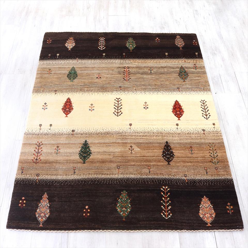 ギャッベ・タビィバフ/イランカシュカイ族の手織りラグ・センターラグサイズ194x150cm 染めていないナチュラルカラー・イトスギ