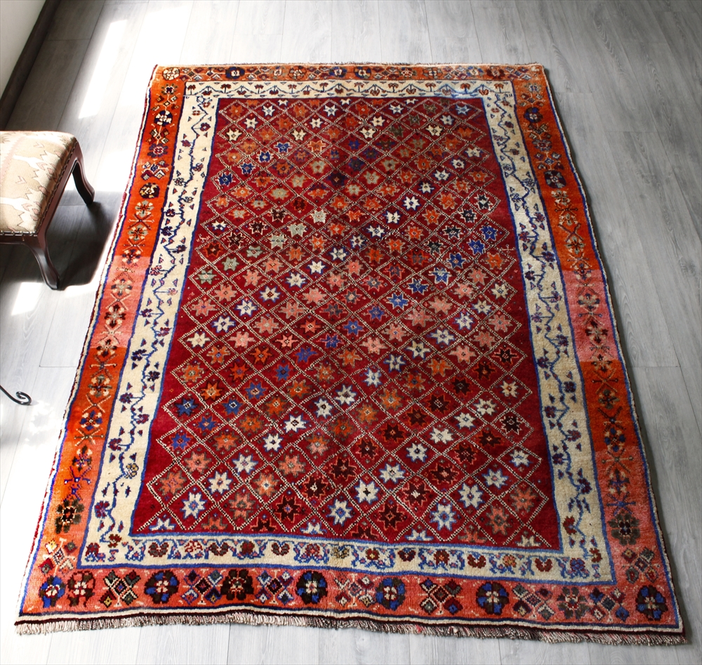 カシュカイ族のオールドカーペット(ギャッベ)・シラーズ204×140cm細かなトレリス・ソロモンの星