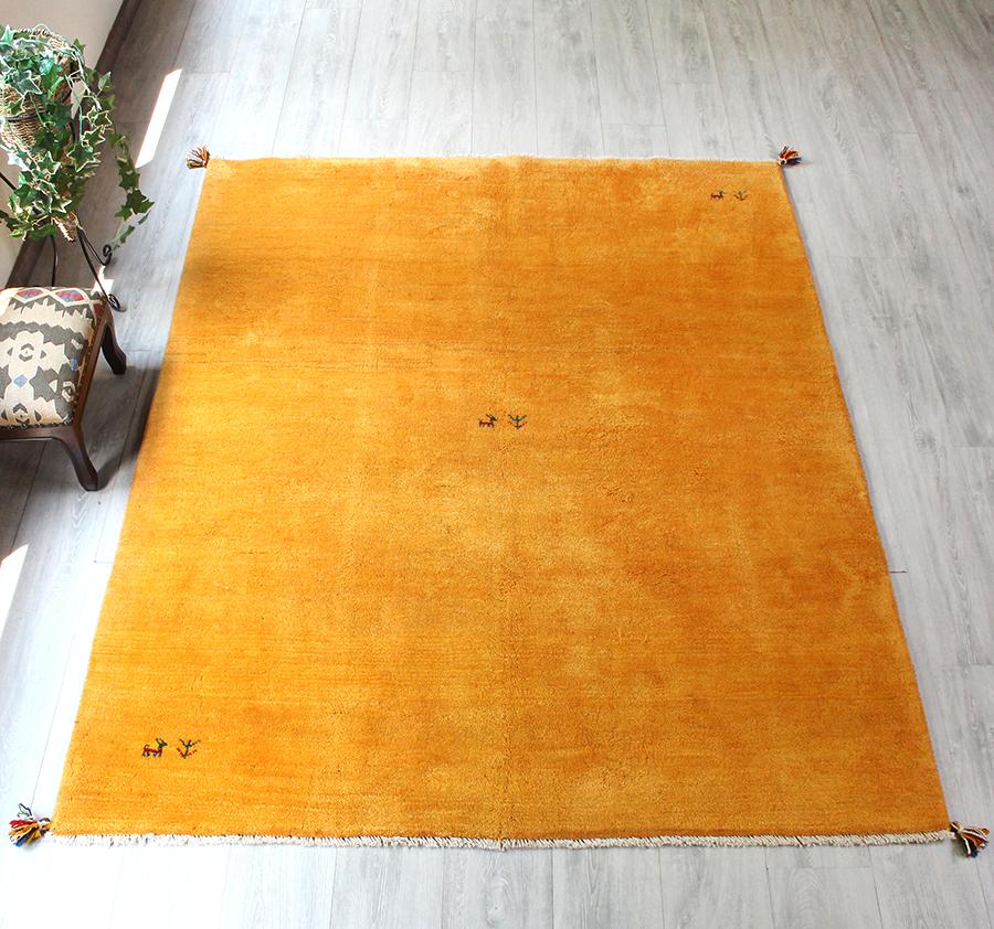 ギャッベ(ギャベ)カシュカイ族の手織りラグ・Gabbeh・センターラグサイズ197x158cm イエロー・動物と生命の樹