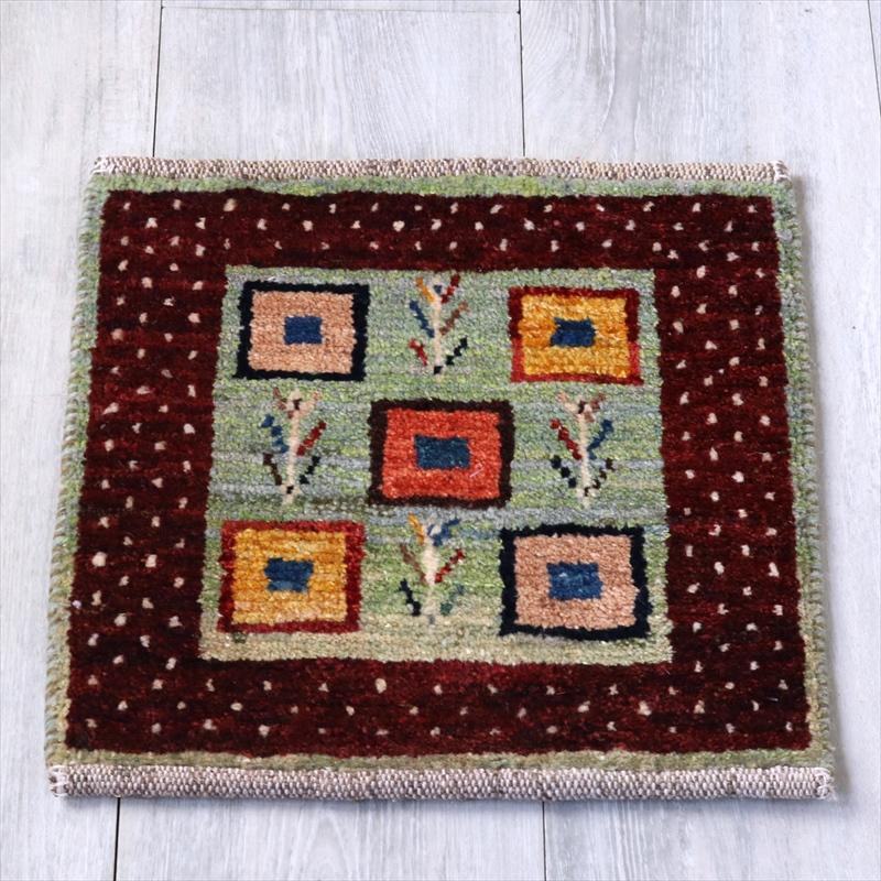 ギャッベ・イラン南部カシュカイ族の手織りギャベ/ザフラ 座布団サイズ36x35cm ワインレッド&ペールブルー