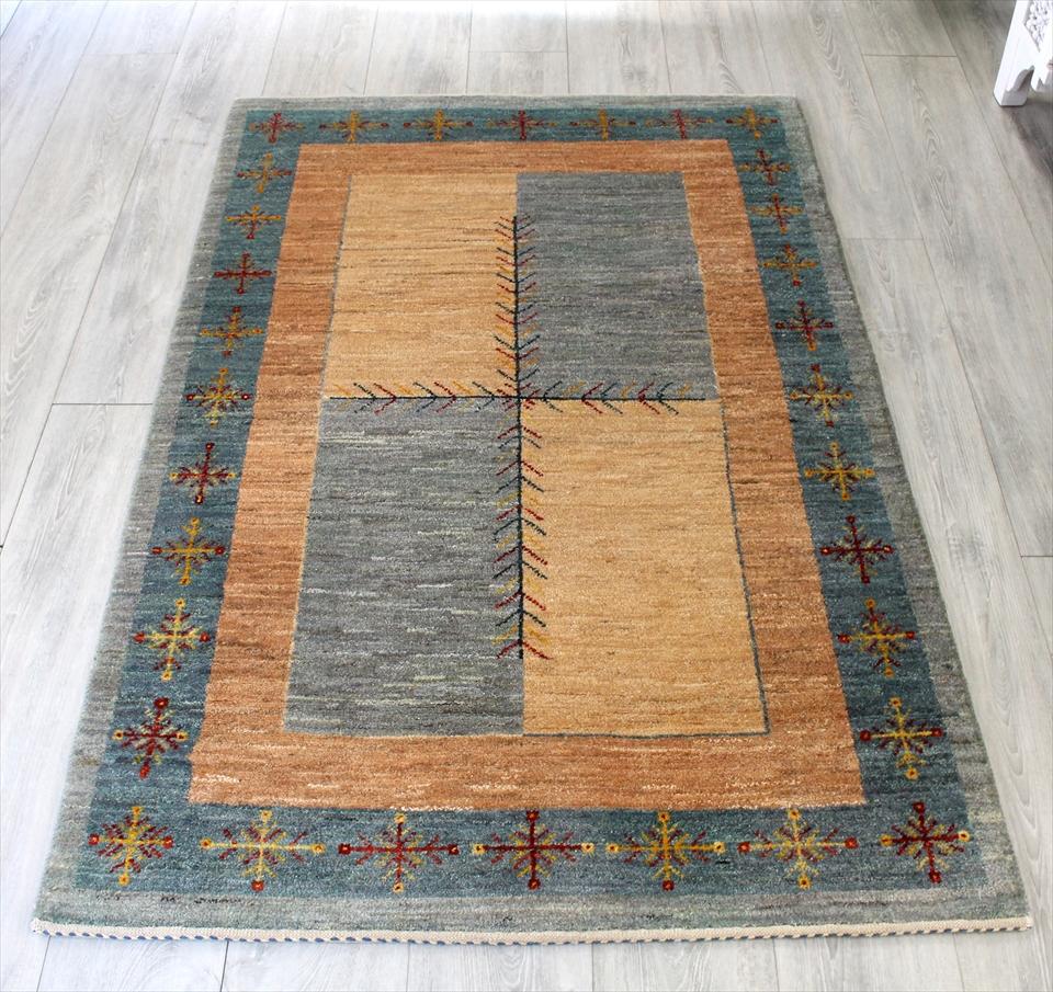 ギャッベ/ギャベ・カシュカイ族の手織りラグ・アマレバフ・アクセントラグサイズ156x101cm ブルーグレー 十字のモチーフ