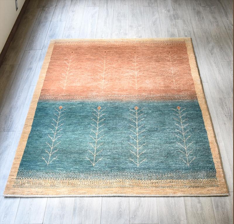 ギャッベ・アマレ Amaleh センターラグ204x154cm 淡いオレンジとターコイズブルー 植物のモチーフ