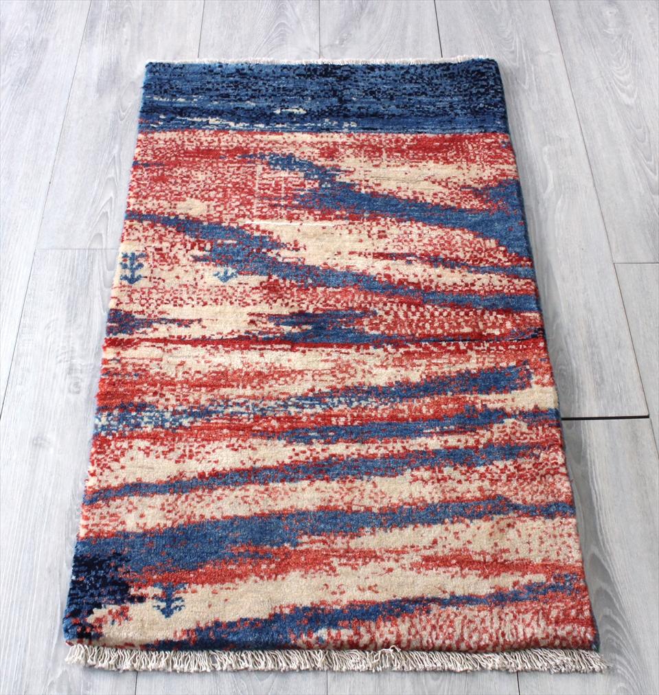ギャッベ シラーズ ・カシュカイ族の手織り・カシュクーリ・玄関マットサイズ・OUTLET 難あり 88x52cm ブルー・レッド・ナチュラルアイボリー 自然風景・OUTLET 難あり