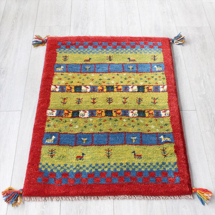 ラグ・ギャッベ(ギャベ)カシュカイ族の手織りラグ・玄関マットサイズ87x60cm レッド カラフルなタイル