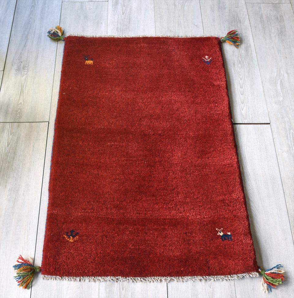ギャッベ/GABBEH ベーシックな織り カシュカイ族の手織り・玄関マットサイズ90×60cmレッド 動物のモチーフ
