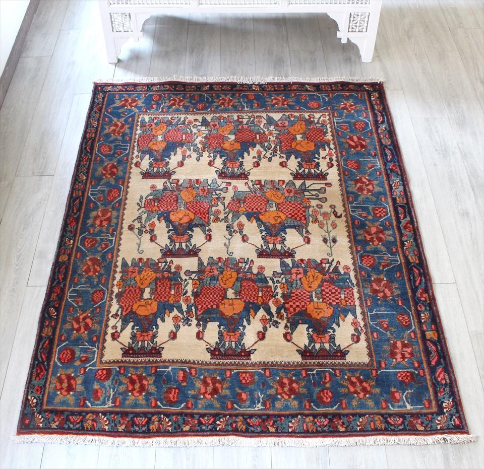 オールド絨毯・センターラグサイズ190x150cm ベージュ/ブルー フラワーデザイン
