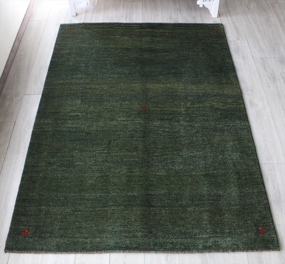 ギャッベ・ノマド/スタンダードな織り センターラグサイズ197x150cm グリーン・動物モチーフ