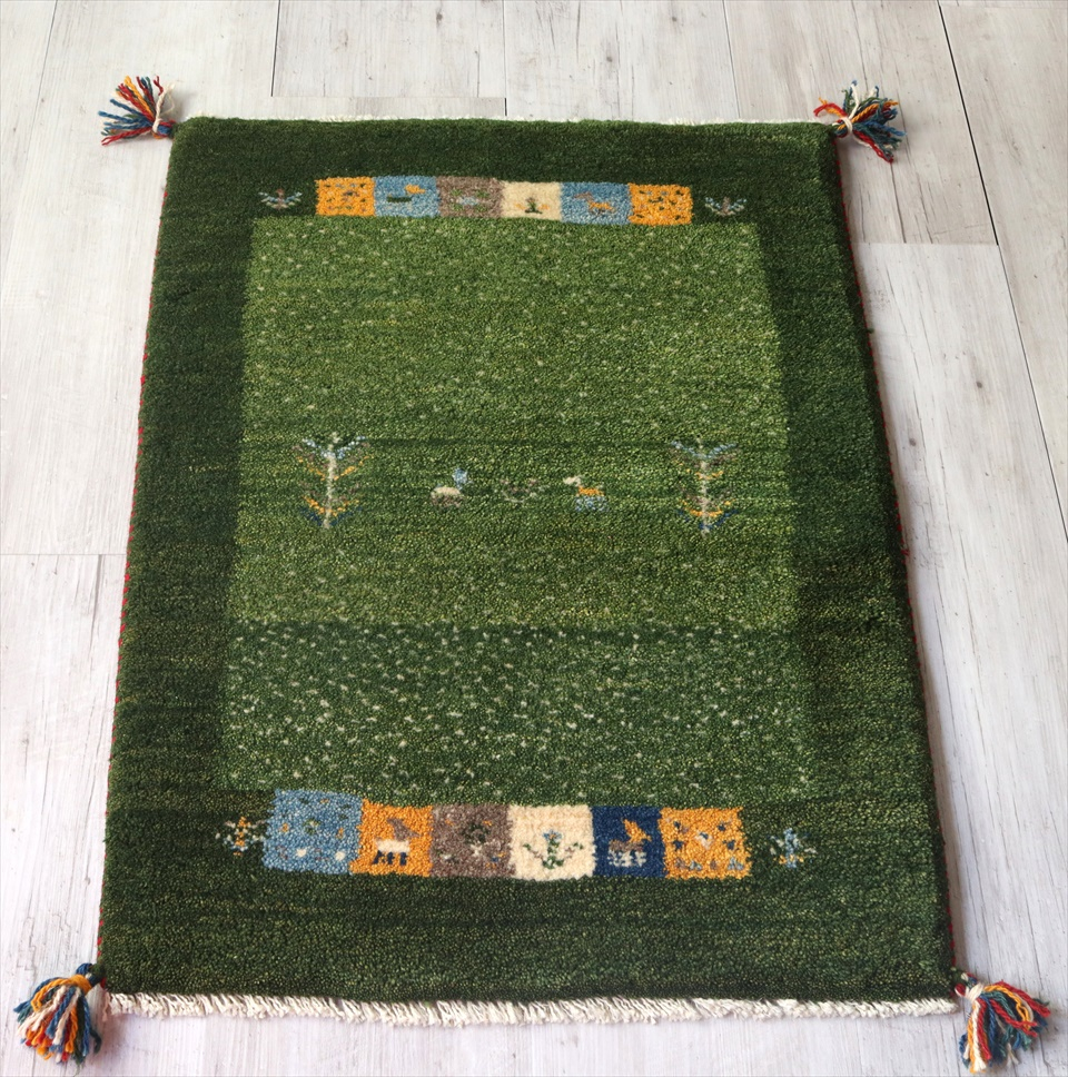 ギャッベ・玄関マットサイズ84×63cmグリーン/ミックス カラフルスクエア ボーダー  動物と植物モチーフ