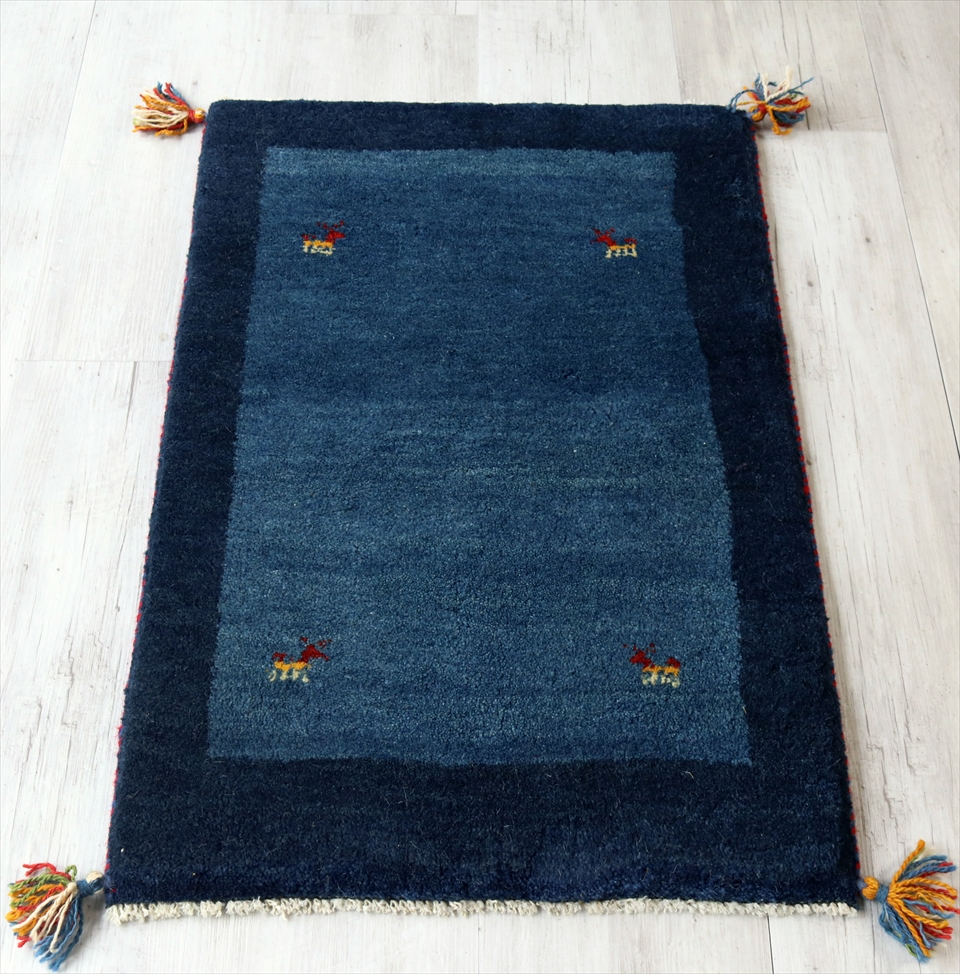 ギャッベ(ギャベ) ウール カシュカイ族の手織り 玄関マットサイズ 89x59cm ブルー/ネイビー ツートーン 動物モチーフ