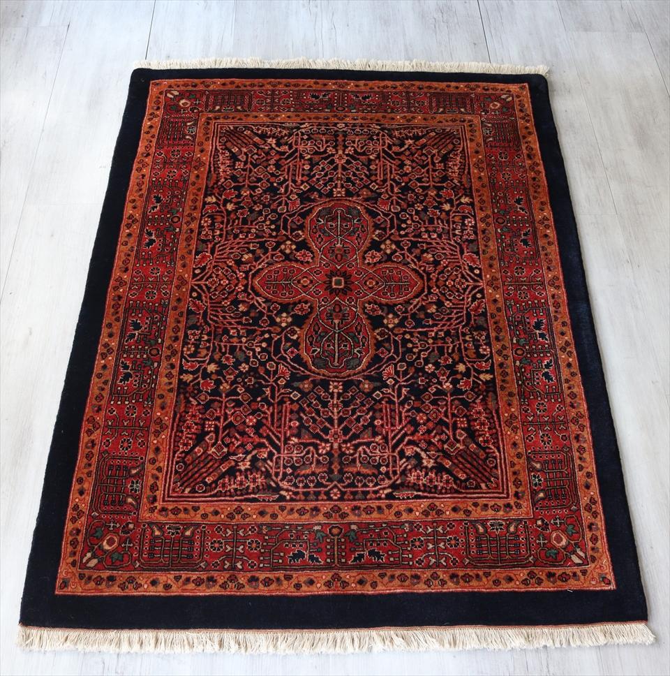 ギャッベ 細かな織り ルリバフ/Luribaft アクセントラグサイズ149x107cm ネイビー クラシックデザイン 草花