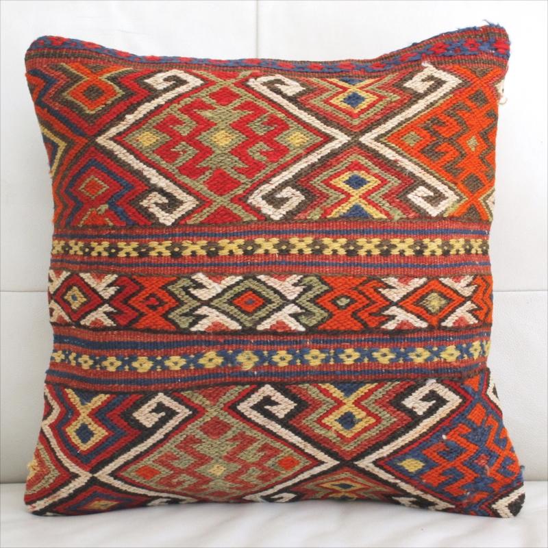 オールドキリムのクッションカバー45cm角・Old Turkish Kilim Cushion/トルコ手織りキリムジジム・サソリのモチーフ