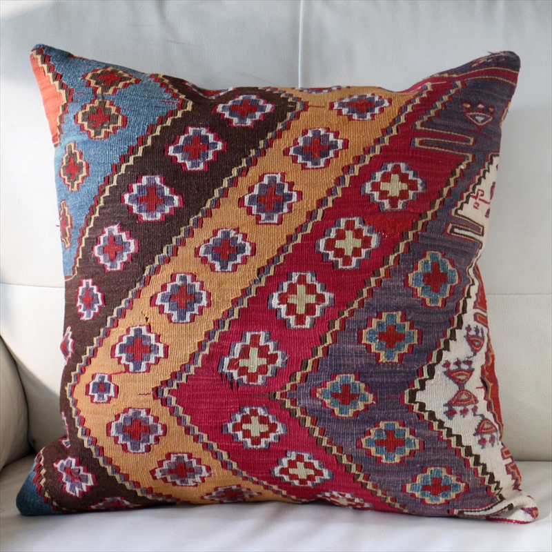 オールドキリムクッションカバー50cm角サイズ Turkish Vintage kilim マラテヤ・小さなクロス/イーブルアイ