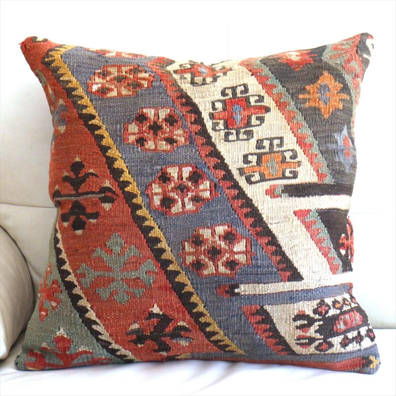 オールドキリムクッションカバー50cm角サイズ Turkish Vintage kilim 小さな幾何学モチーフ・パステルに色あせたチフカナット