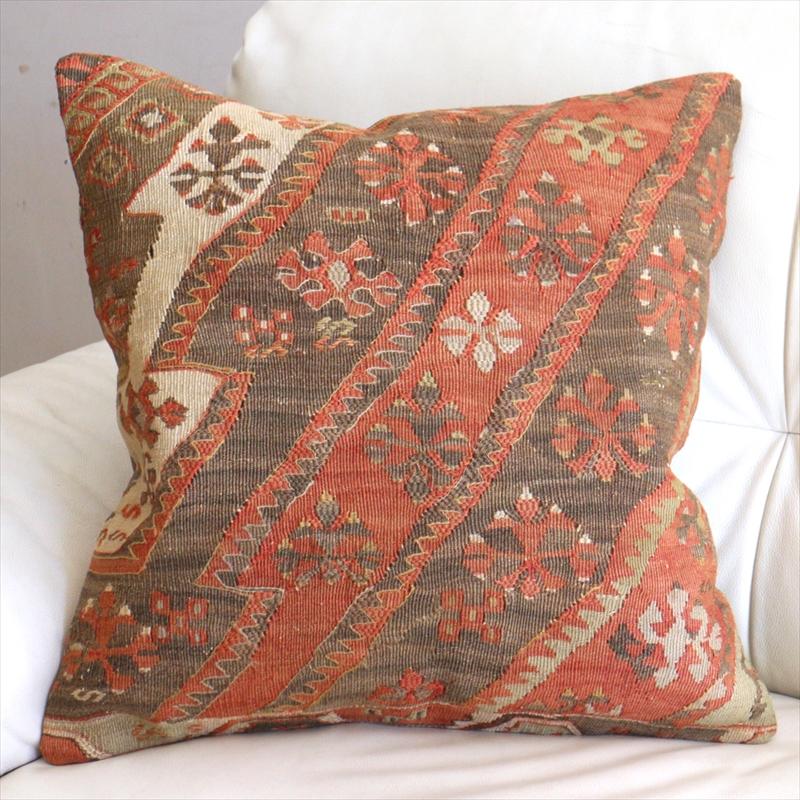 オールドキリムクッションカバー50cm角サイズ Turkish Vintage kilim 色褪せたレッド&ブラウン ベレケットモチーフ