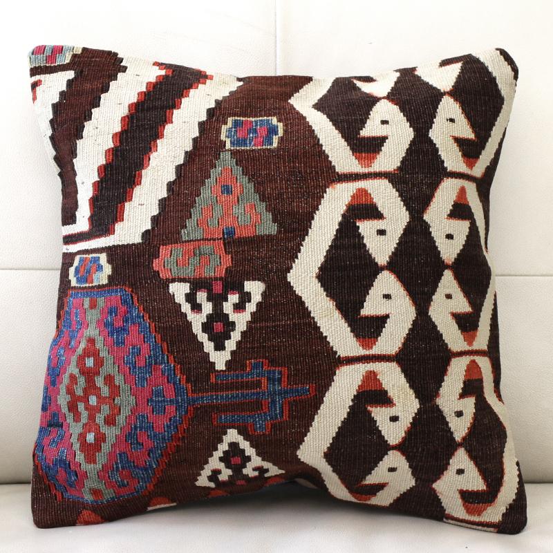 キリムクッションカバー40cm角・トルコ手織りキリム/アンティークキリムサソリのモチーフ/アイドゥン・Aydin