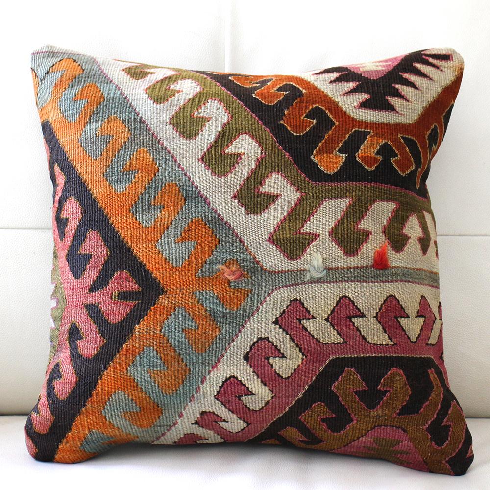 キリムクッションカバー40cm角・トルコ手織りキリム/ヴィンテージ・オールドKilim Cushionアイドゥン・アンティ-ク/ドラゴンの爪・ポンポン飾り