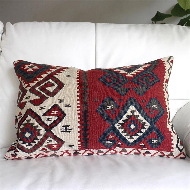 オールドキリムクッションカバー・長方形・枕型・ビッグピロー Old Turkish Kilim Cushion トルコのウール手織りキリム ワン/ボルドー&ホワイト・ブルー&グリーン