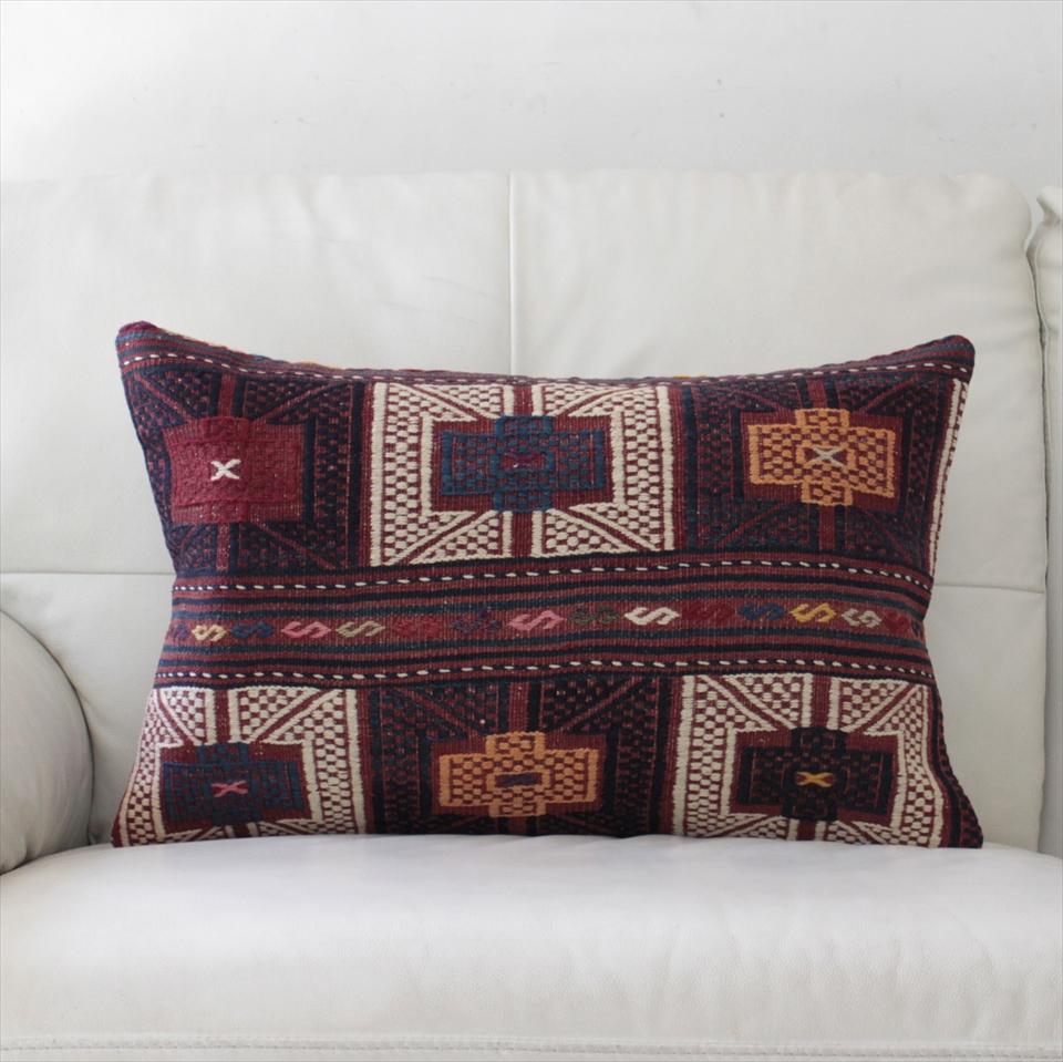 オールドキリムクッションカバー・長方形・枕型・ビッグピロー Old Turkish Kilim Cushion トルコのウール手織りキリム61×37cmバルケスィール/小豆色・紺と白のジジム