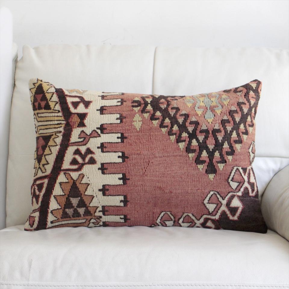 オールドキリムクッションカバー・長方形・枕型・ビッグピロー Old Turkish Kilim Cushion トルコのウール手織りキリム60×40cmドラゴンのモチーフ