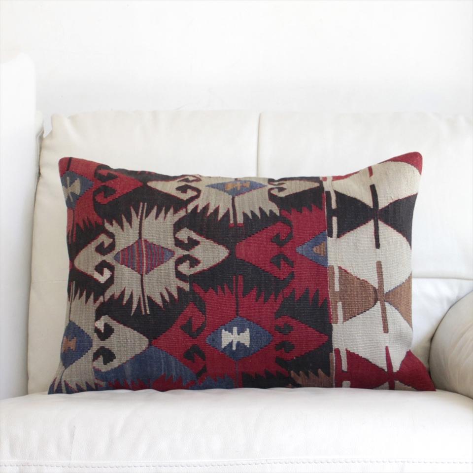 オールドキリムクッションカバー・長方形・枕型・ビッグピロー Old Turkish Kilim Cushion トルコのウール手織りキリム60×41cm連なるエリベリンデ