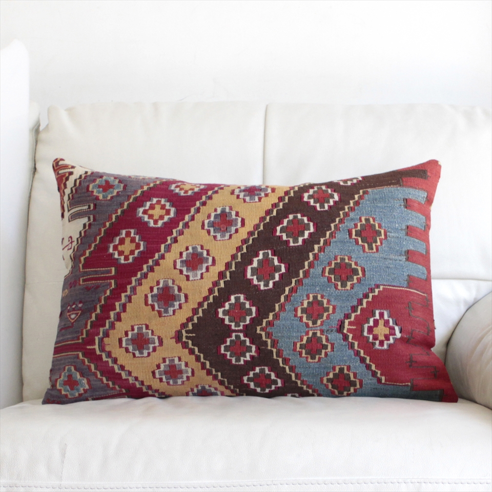 オールドキリムクッションカバー・長方形・枕型・ビッグピロー Old Turkish Kilim Cushion トルコのウール手織りキリム61×40cmマラテヤ/小さなクロス