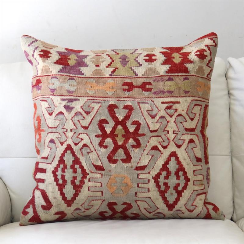 オールドキリムクッションカバー 60cm角 ビッグピロー Old Turkish Kilim Cushion レッド&オレンジ・ベレケットのモチーフ