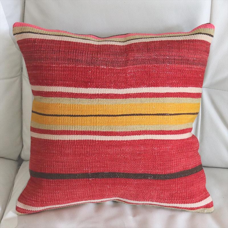 オールドキリムクッションカバー40cm トルコ伝統の手織りキリム Turkish kilim pillowムート(Mut)/レッド・イエローのボーダー