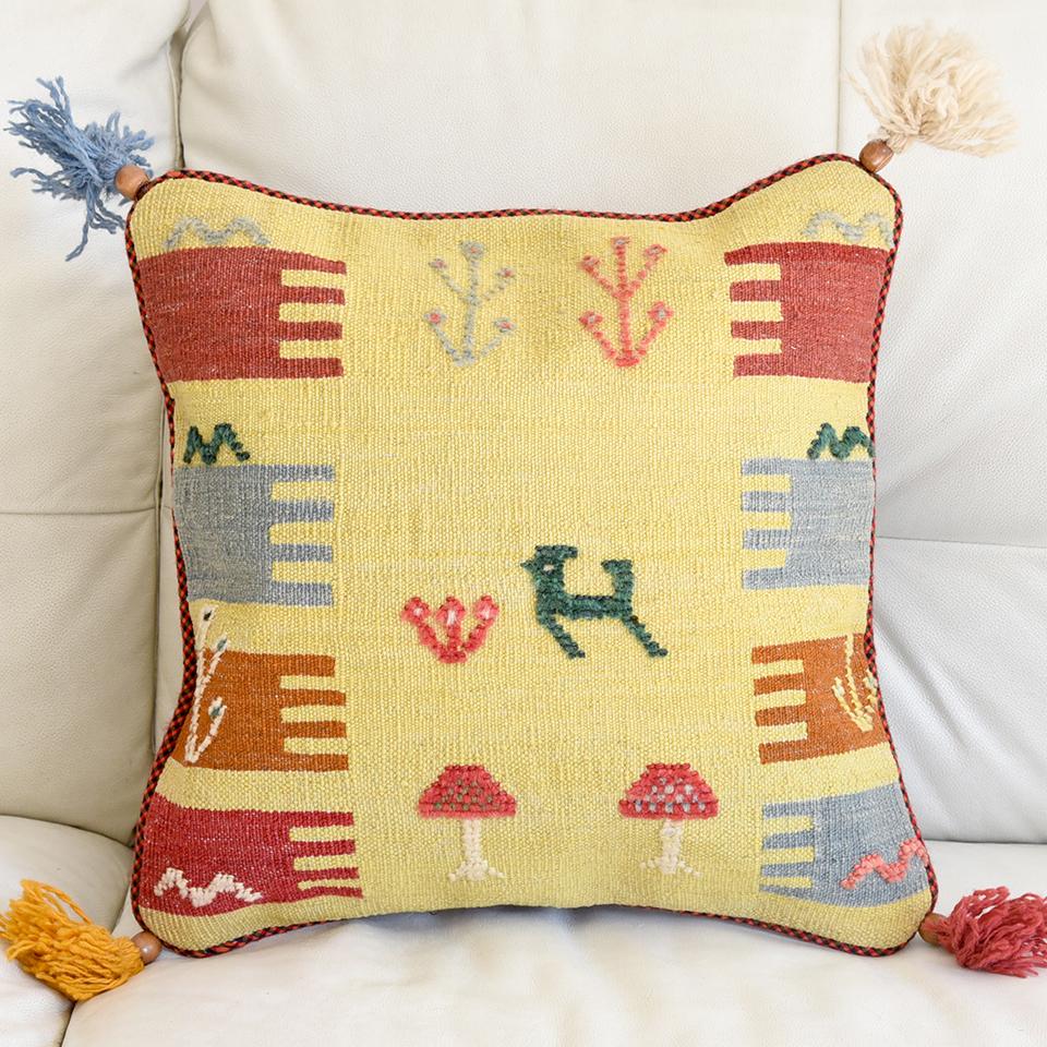 ギャッベ(ギャベ)キリムクッションカバー45cm角カシュカイ族の手織り 砂漠と動物