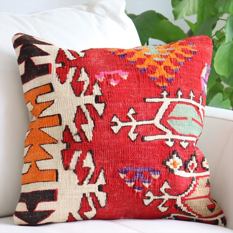 オールドキリムクッションカバー40cm Turkish Kilim Cushion トルコのウール手織りキリム鮮やかな赤・サンドゥクのモチーフ