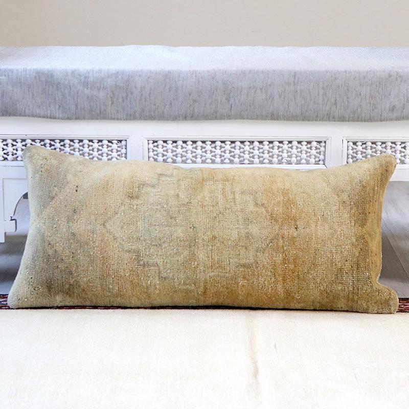 ヴィンテージ・パイル織りラグ クッションカバー84x34cmトルコ絨毯/ブリーチ・アンティーク加工・パステルカラー