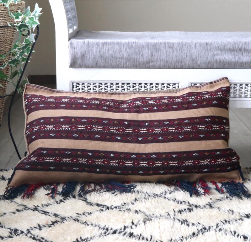 オールドキリム・クッションカバー・収納袋チュアル85x43cm・表と裏が手織りのキリム細かなジジム・キャメル&レッド/ふさ飾り付き/中綿特注・別売り