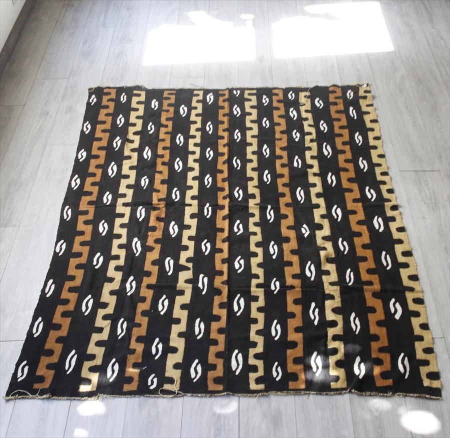 アフリカ・泥染布 ボゴラン(Bogolan)/ ガーナ Ghana 195×145cm Mud Cloth, Bogolan