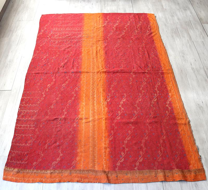 インド カンタ刺繍・パッチワーク/ラリーキルト 古布・ヴィンテージファブリック230×155cmレッド&オレンジ Kantha embroidery, India