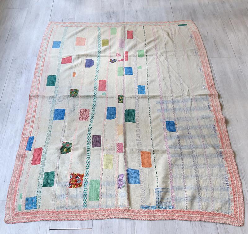 インド カンタ刺繍・パッチワーク/ラリーキルト 古布・ヴィンテージファブリック178×136cmカラフルタイル Kantha embroidery, India