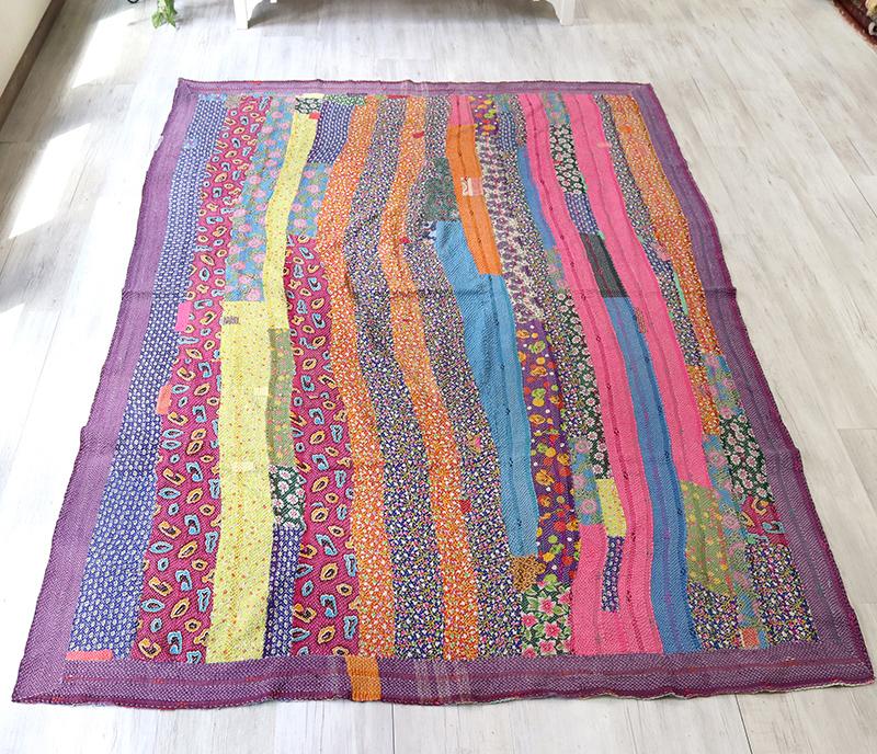 インド カンタ刺繍・パッチワーク/ラリーキルト 古布・ヴィンテージファブリック 228x174cmフラワー・カラフルなタイル Kantha embroidery, India