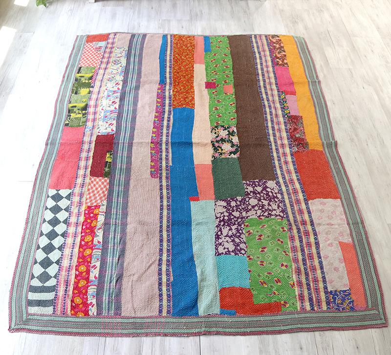 インド カンタ刺繍・パッチワーク/ラリーキルト 古布・ヴィンテージファブリック 212x162cmカラフルなタイル Kantha embroidery, India
