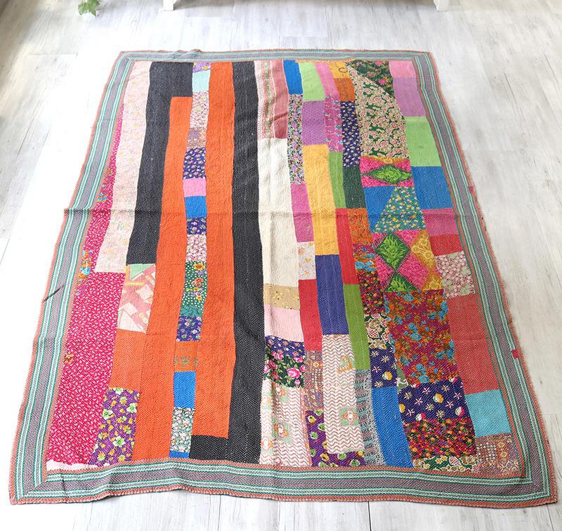 インド カンタ刺繍・パッチワーク/ラリーキルト 古布・ヴィンテージファブリック 222x145cmカラフルなタイル Kantha embroidery, India