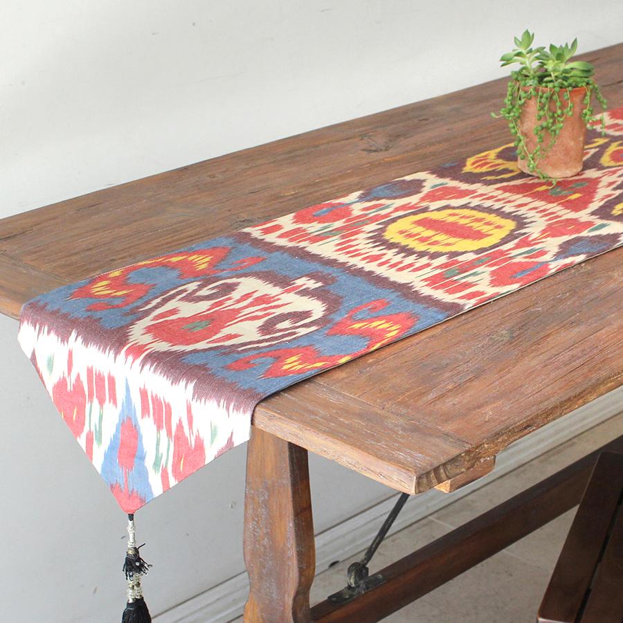 テーブルランナー・ウズベキスタン・アトラス(イカット・絣)シルク 166x33cm
