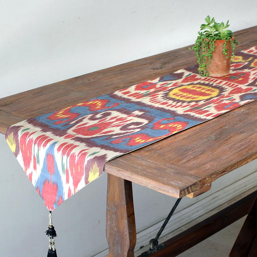 テーブルランナー・ウズベキスタン・アトラス(イカット・絣)シルク 165x33cm