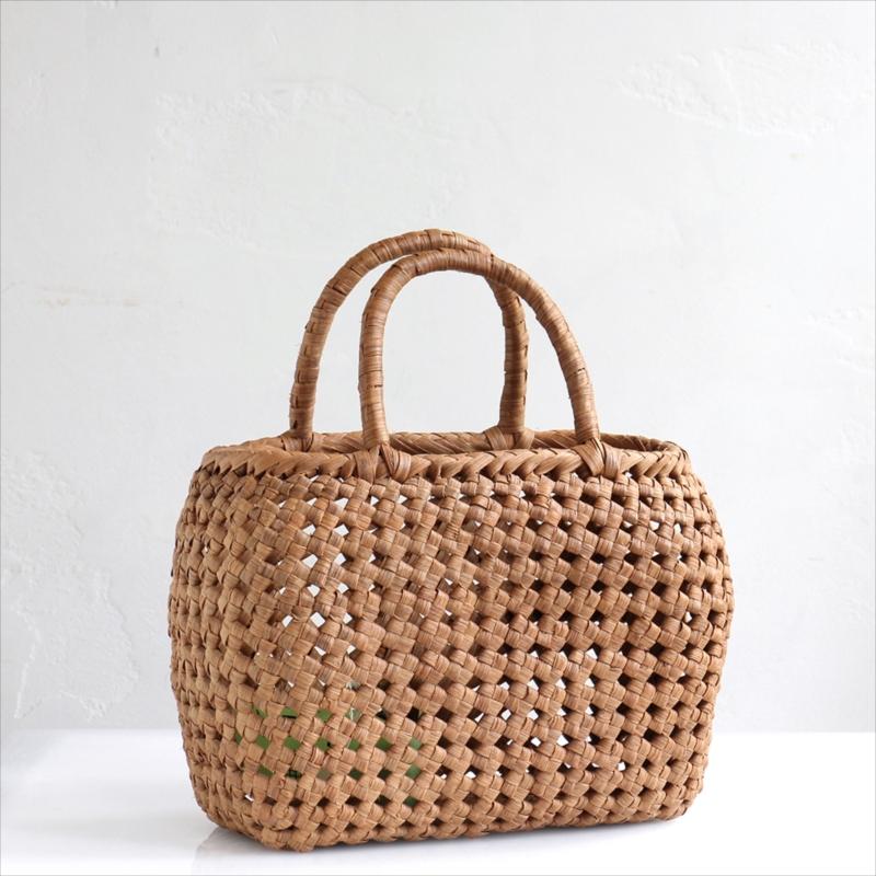 やまぶどう・カゴバッグ/まるっと石畳編み・削り仕上げ・小サイズ幅28cmx本体の高さ19cmxマチ11cm・重さ460g