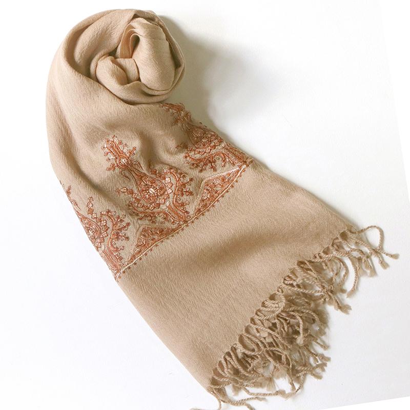 手織り刺繍ウールストール大判サイズライトブラウン