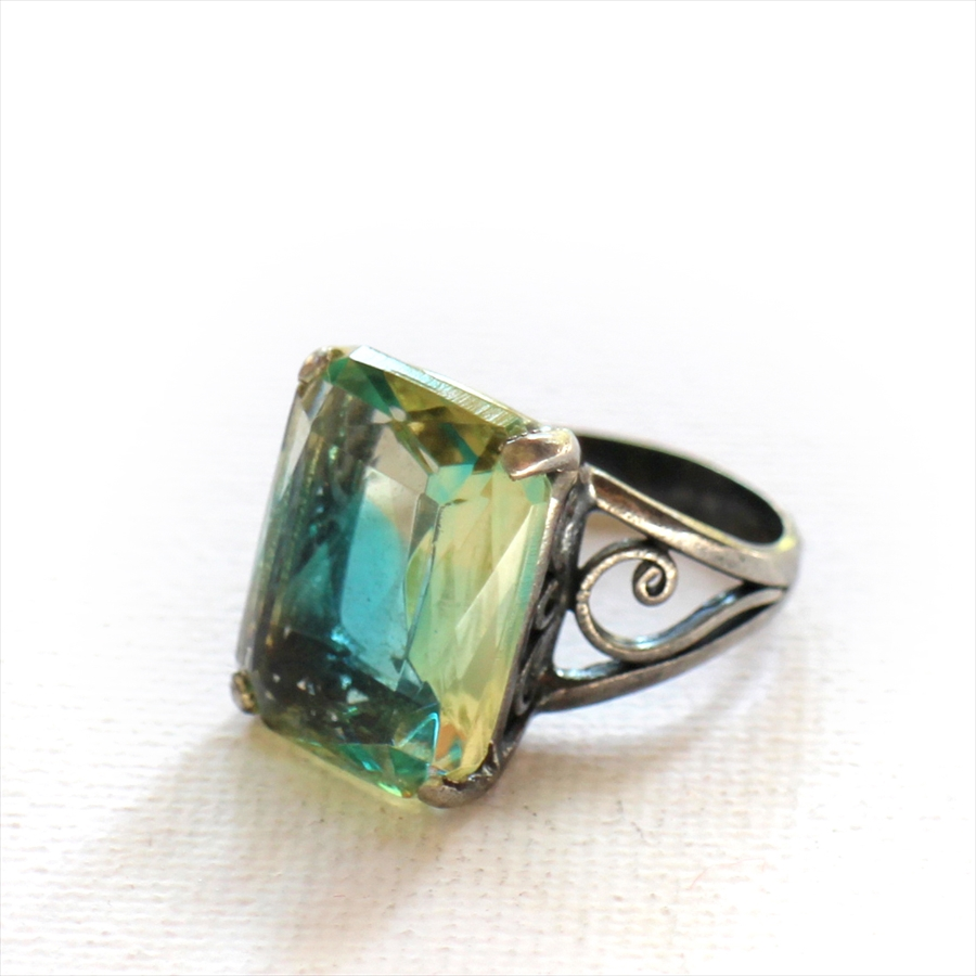 Michel's Vintage & Anteque Beads Ring saphiretヴィンテージビーズ スクエア ガラスビーズ リング