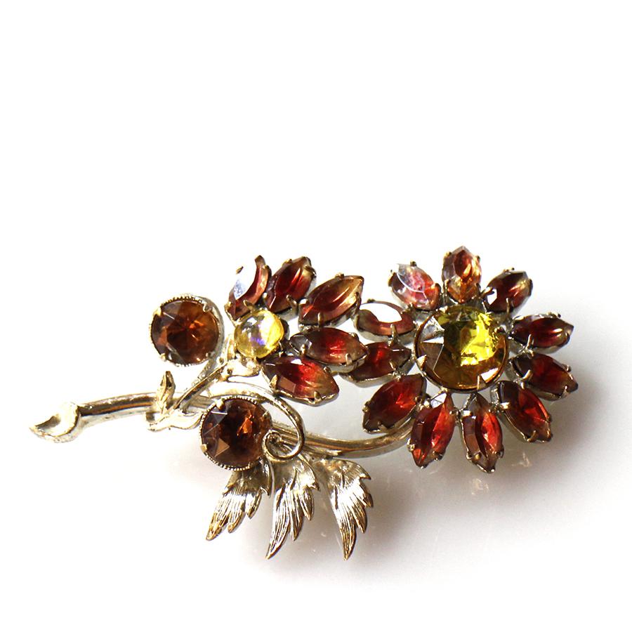 ヴィンテージビーズ/ブローチピン Michel's Vintage Beads 花