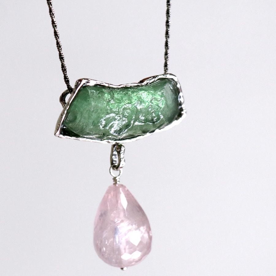 ローマングラス・イスラエル出土/ネックレス 古代ガラス&シルバー The Roman Glass Company, Israel ローズクォーツ