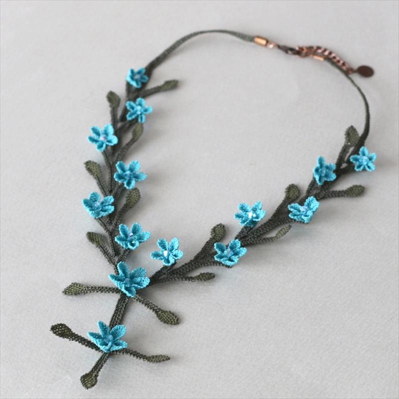 イーネ・オヤ シルクネックレス・サクラソウ/ターコイズ刺繍針で編むトルコ伝統のレース