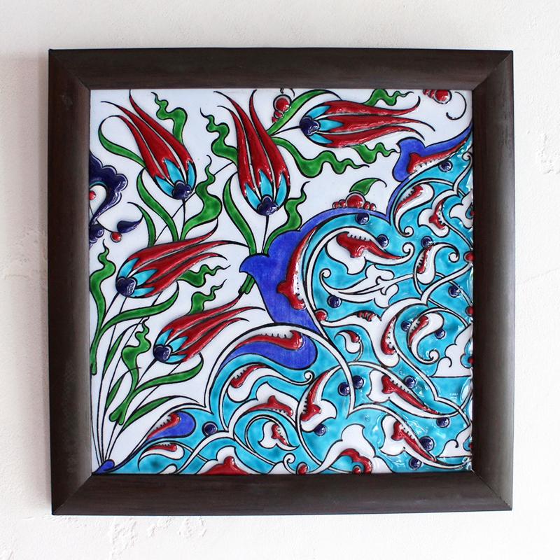 【トルコ製】イズニックデザイン・手描き陶器タイル1枚額チューリップ