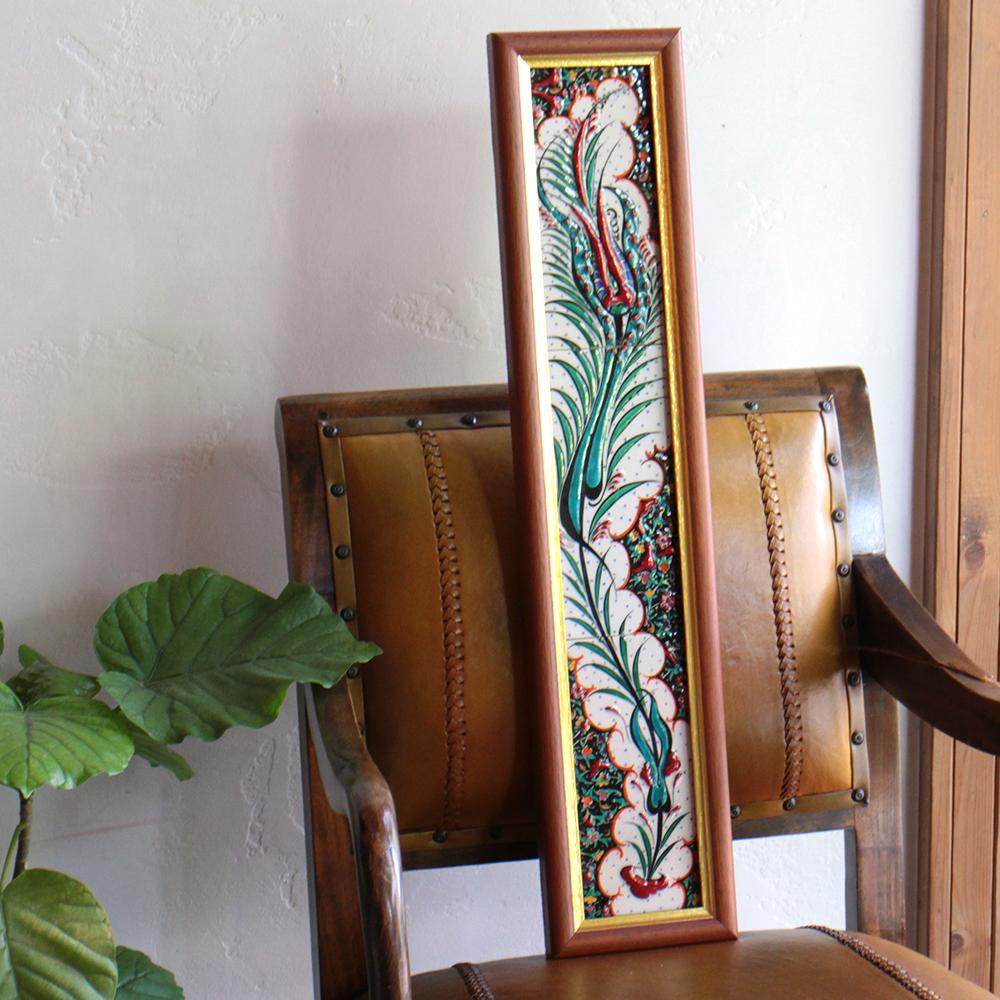 オスマントルコデザイン・チューリップの手書きタイル縦3枚額 グリーン/ Turkish tile, hand painting in Kutahya